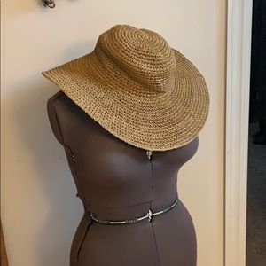 Wheat colored straw hat, never worn!
